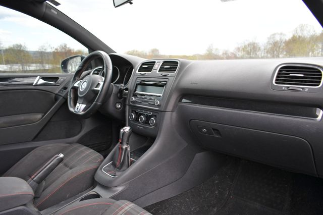 2012 Volkswagen GTI Naugatuck, Connecticut 9