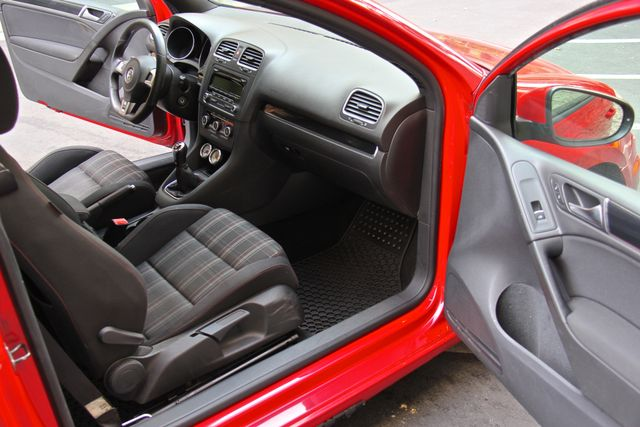 2012 Volkswagen GTI PZEV Reseda, CA 35