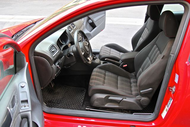 2012 Volkswagen GTI PZEV Reseda, CA 26