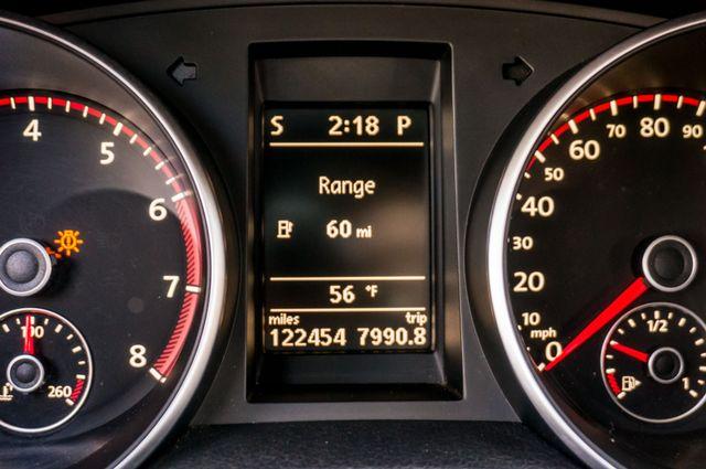 2012 Volkswagen GTI w/Sunroof & Navi PZEV Reseda, CA 18