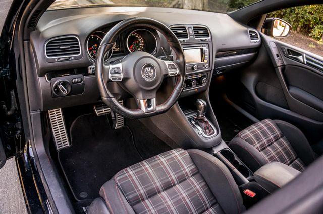 2012 Volkswagen GTI w/Sunroof & Navi PZEV Reseda, CA 16