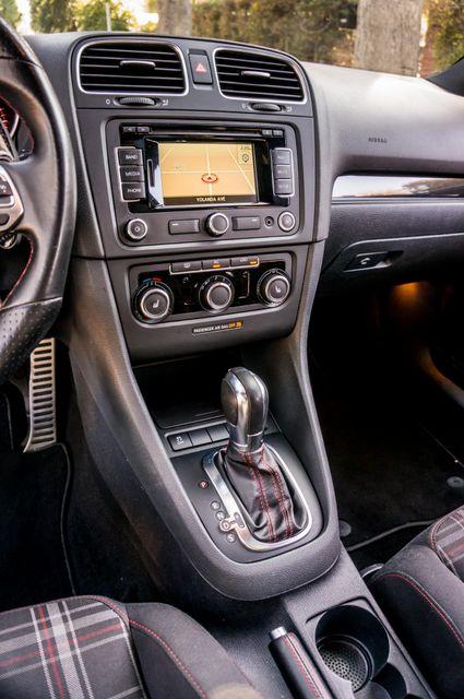 2012 Volkswagen GTI w/Sunroof & Navi PZEV Reseda, CA 25
