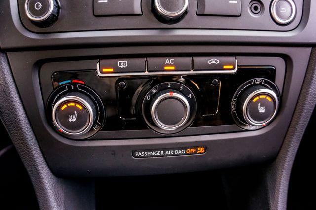 2012 Volkswagen GTI w/Sunroof & Navi PZEV Reseda, CA 28