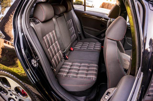 2012 Volkswagen GTI w/Sunroof & Navi PZEV Reseda, CA 34