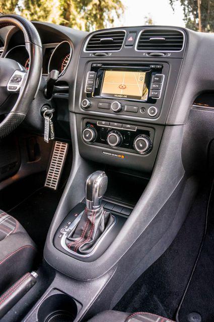 2012 Volkswagen GTI w/Sunroof & Navi PZEV Reseda, CA 23