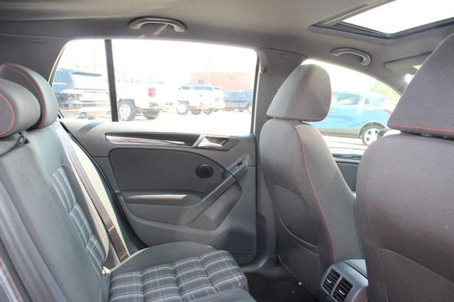 2012 Volkswagen GTI w/Conv & Sunroof PZEV St. Louis, Missouri 10