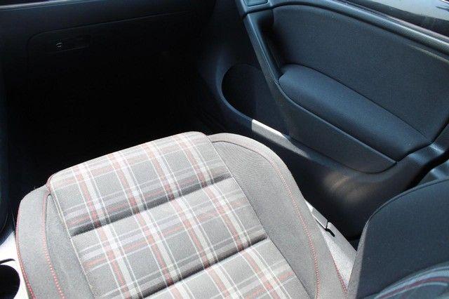 2012 Volkswagen GTI w/Conv & Sunroof PZEV St. Louis, Missouri 9