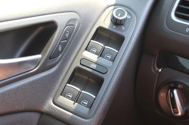 2012 Volkswagen GTI w/Conv & Sunroof PZEV St. Louis, Missouri 20