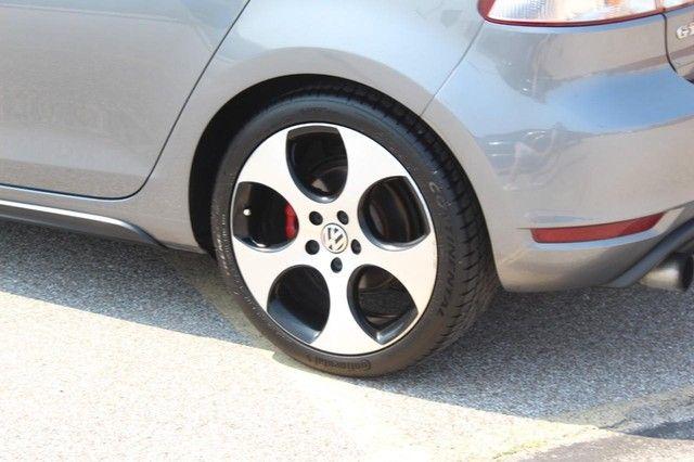 2012 Volkswagen GTI w/Conv & Sunroof PZEV St. Louis, Missouri 21
