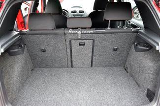 2012 Volkswagen GTI w/Sunroof & Navi PZEV Waterbury, Connecticut 19