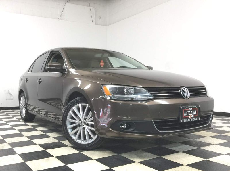 2012 Volkswagen Jetta *Get APPROVED in Minutes!* | The Auto Cave in Addison
