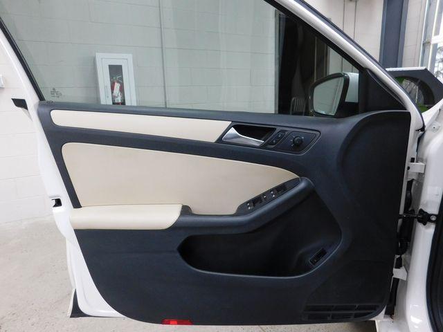 2012 Volkswagen Jetta in Airport Motor Mile ( Metro Knoxville ), TN 37777