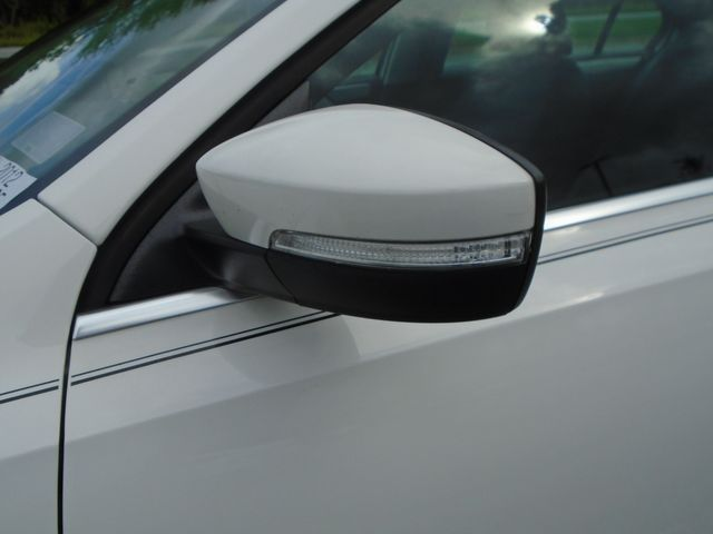 2012 Volkswagen Jetta SEL w/Sunroof PZEV in Alpharetta, GA 30004
