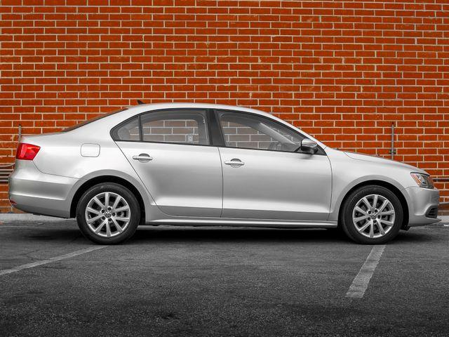 2012 Volkswagen Jetta SE w/Convenience & Sunroof PZEV Burbank, CA 4