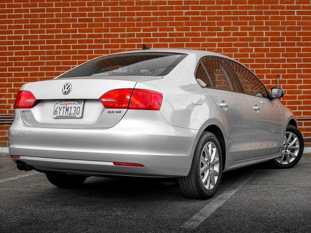 2012 Volkswagen Jetta SE w/Convenience & Sunroof PZEV Burbank, CA 6