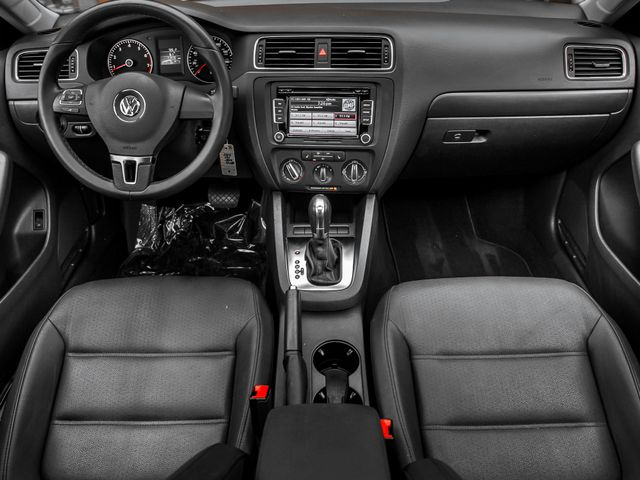 2012 Volkswagen Jetta SE w/Convenience & Sunroof PZEV Burbank, CA 8