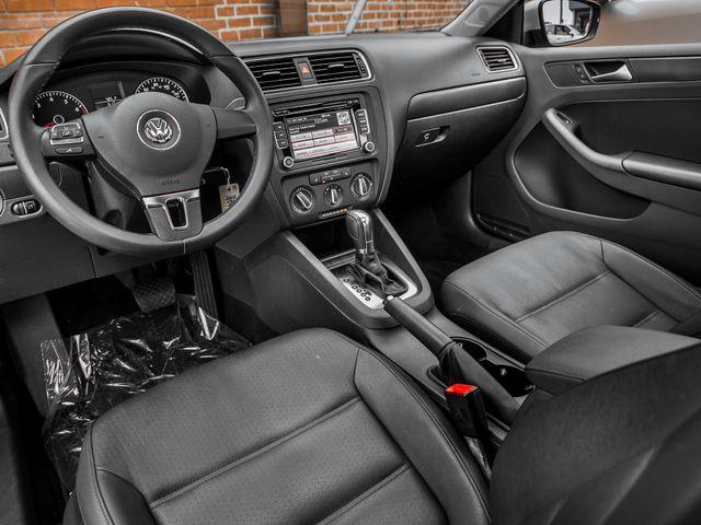 2012 Volkswagen Jetta SE w/Convenience & Sunroof PZEV Burbank, CA 9