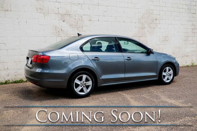 2012 Volkswagen Jetta TDI Clean Diesel w/Heated Seats, Power Moonroof, Fender Audio and Gets Over 40+MPG in Eau Claire, Wisconsin 54703