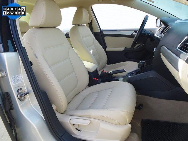2012 Volkswagen Jetta TDI w/Premium & Nav Madison, NC 37