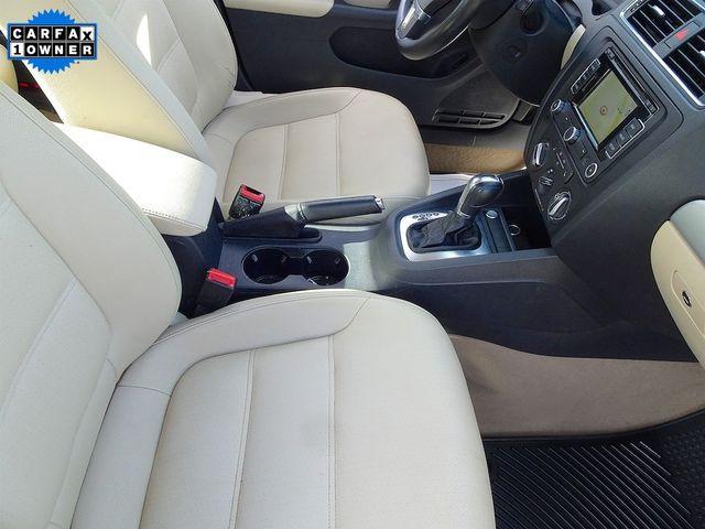 2012 Volkswagen Jetta TDI w/Premium & Nav Madison, NC 38