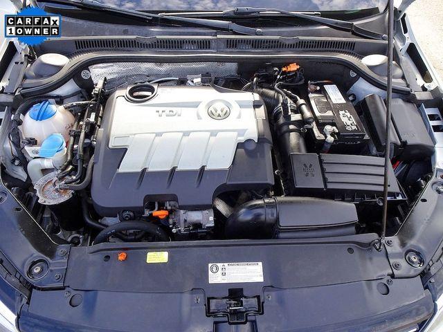 2012 Volkswagen Jetta TDI w/Premium & Nav Madison, NC 41