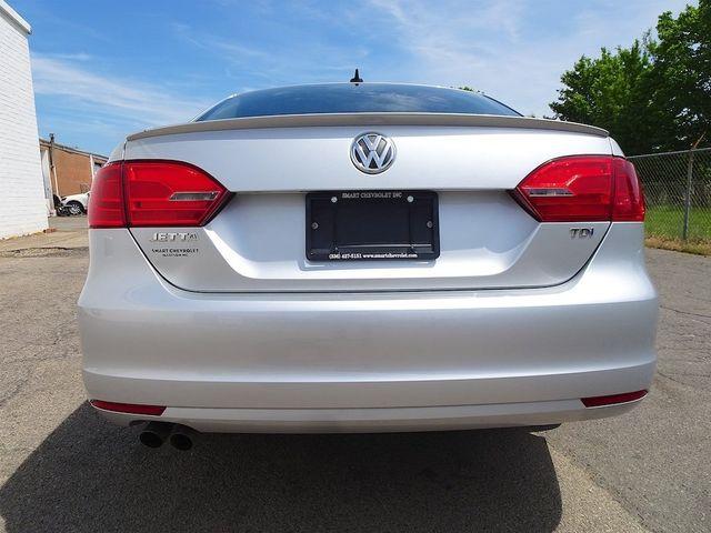 2012 Volkswagen Jetta TDI w/Premium & Nav Madison, NC 3