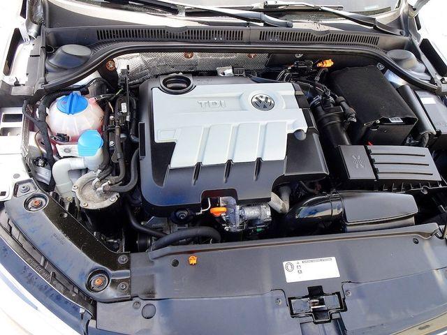 2012 Volkswagen Jetta TDI w/Premium & Nav Madison, NC 40