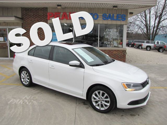 2012 Volkswagen Jetta SE w/Convenience &38; Sunroof in Medina, OHIO 44256