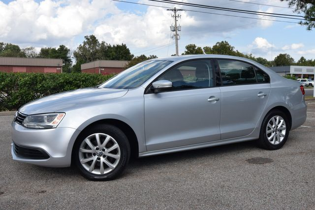 2012 Volkswagen Jetta SE w/Convenience & Sunroof