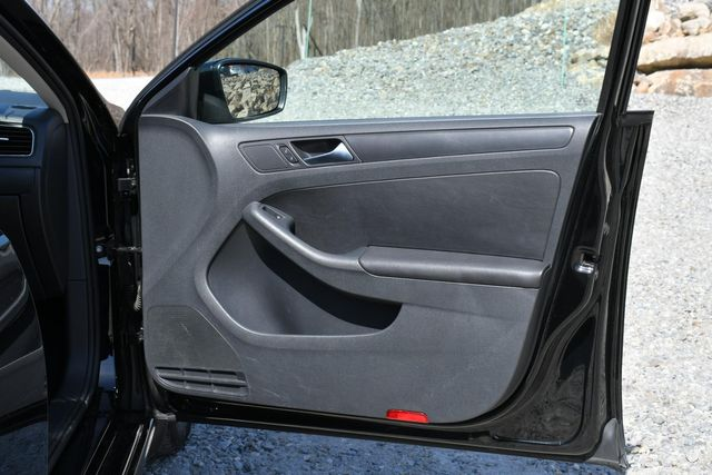 2012 Volkswagen Jetta SE w/Convenience PZEV Naugatuck, Connecticut 10