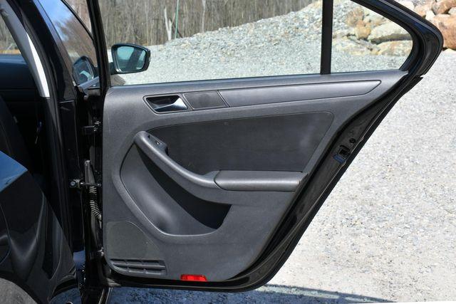 2012 Volkswagen Jetta SE w/Convenience PZEV Naugatuck, Connecticut 11