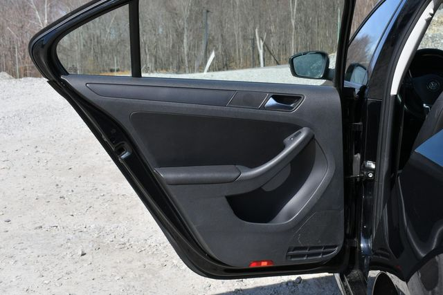 2012 Volkswagen Jetta SE w/Convenience PZEV Naugatuck, Connecticut 12