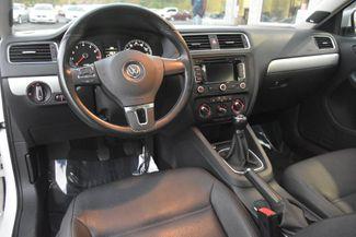 2012 Volkswagen Jetta SEL w/Sunroof PZEV Waterbury, Connecticut 12