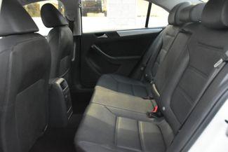 2012 Volkswagen Jetta SEL w/Sunroof PZEV Waterbury, Connecticut 15