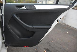 2012 Volkswagen Jetta SEL w/Sunroof PZEV Waterbury, Connecticut 21