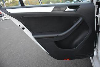 2012 Volkswagen Jetta SEL w/Sunroof PZEV Waterbury, Connecticut 22