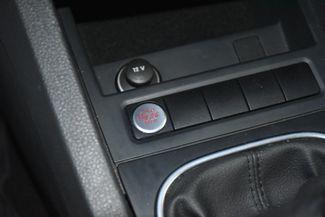 2012 Volkswagen Jetta SEL w/Sunroof PZEV Waterbury, Connecticut 28