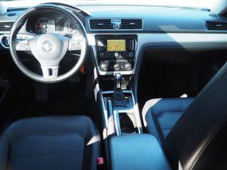 2012 Volkswagen Passat TDI SE w/Sunroof & Nav Englewood, CO 10