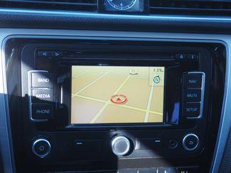 2012 Volkswagen Passat TDI SE w/Sunroof & Nav Englewood, CO 14