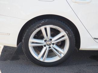 2012 Volkswagen Passat TDI SE w/Sunroof & Nav Englewood, CO 4