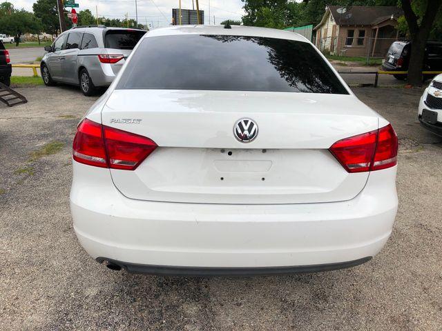 2012 Volkswagen Passat S w/Appearance HOUSTON, TX 4