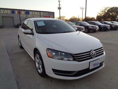 2012 Volkswagen Passat SE in Houston