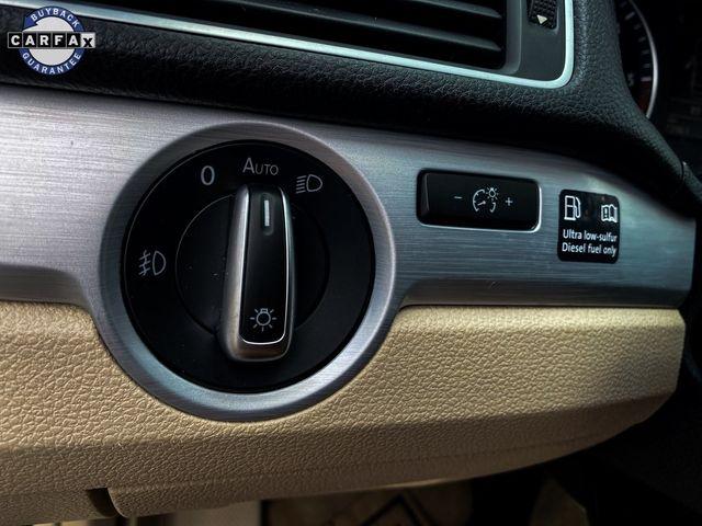 2012 Volkswagen Passat TDI SE w/Sunroof & Nav Madison, NC 26