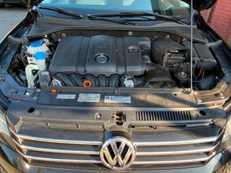 2012 Volkswagen Passat SE New Brunswick, New Jersey 30