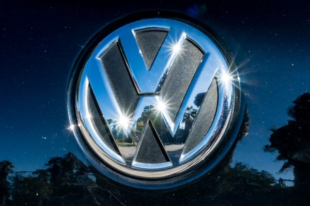 2012 Volkswagen Passat TDI SE w/Sunroof & Nav Reseda, CA 47