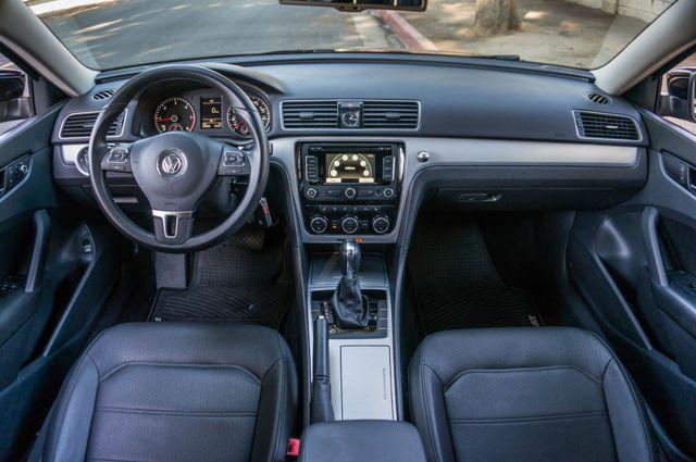 2012 Volkswagen Passat TDI SE w/Sunroof & Nav Reseda, CA 19
