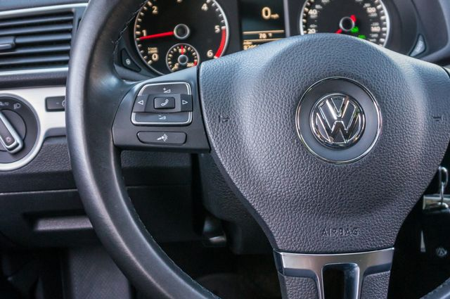 2012 Volkswagen Passat TDI SE w/Sunroof & Nav Reseda, CA 21