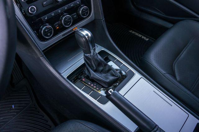 2012 Volkswagen Passat TDI SE w/Sunroof & Nav Reseda, CA 28