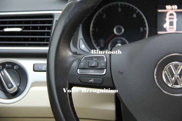 2012 Volkswagen Passat TDI SE w/Sunroof & Nav Richmond, Virginia 8