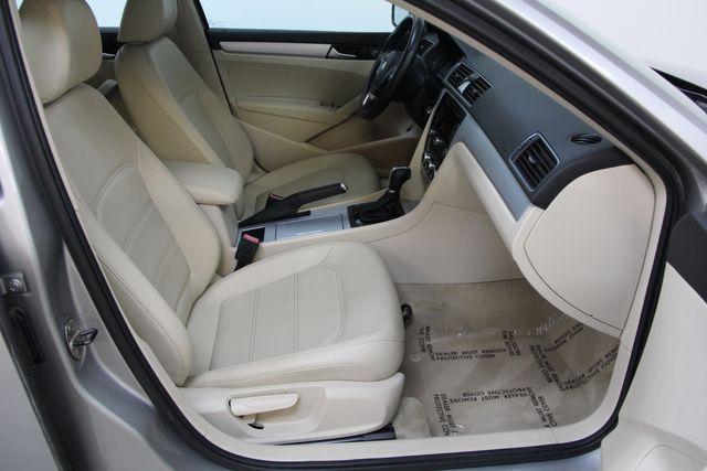 2012 Volkswagen Passat TDI SE w/Sunroof & Nav Richmond, Virginia 19